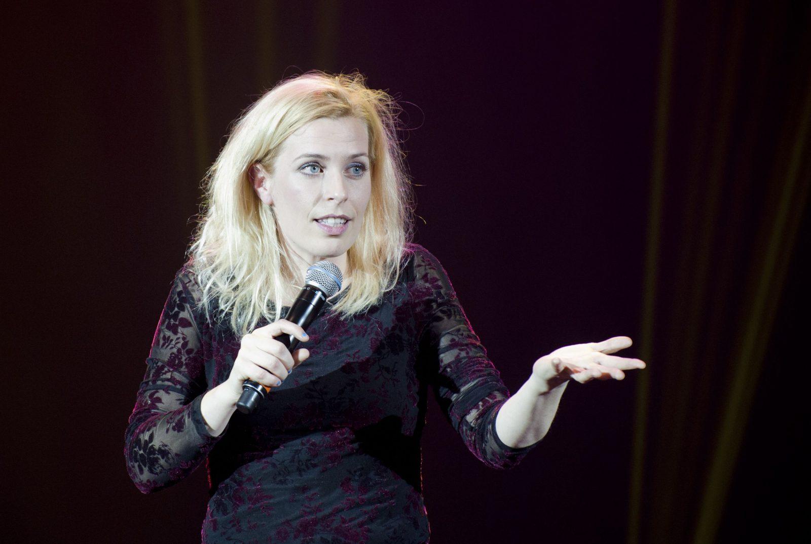 Sara Pascoe Boyfriend: Is Comedian Married?